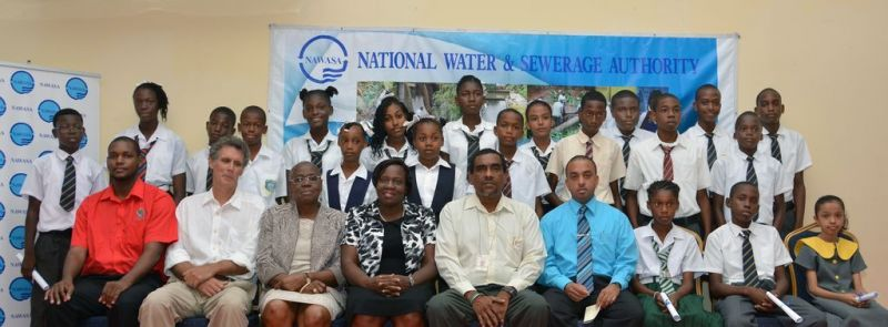 Competition-participants-with-judges-and-members-of-NAWASAs-Board-of-Directors-2result