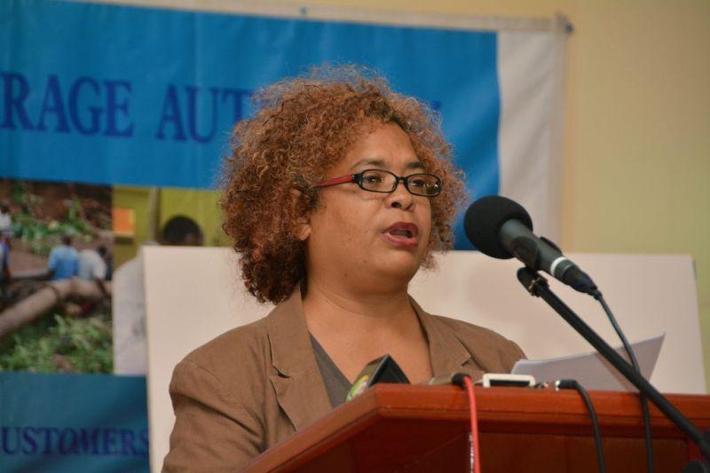Feature-Speaker-Grenadian-Artiste-Suelin-Low-Chew-Tungresult